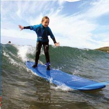 Discovery Surf School, Bigbury, kid surfing, sea